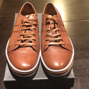 **Kenneth Cole Low Top Shoe**
